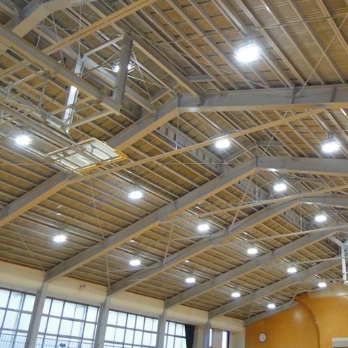体育館 照明器具取付工事