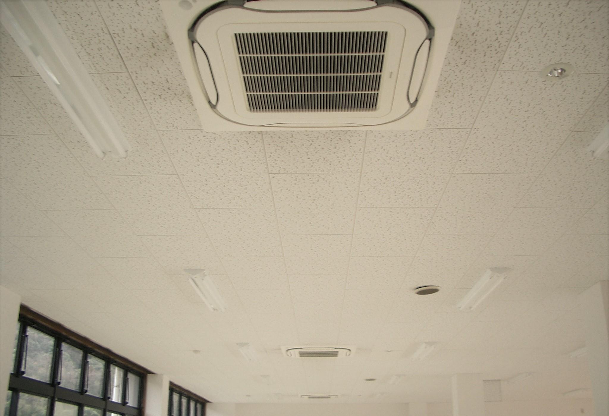 公民館 空調工事